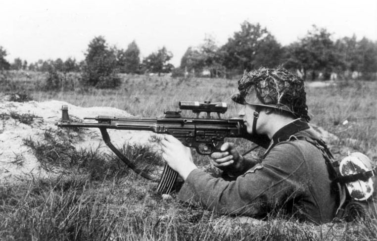 Soldier of Nazi Germany with Sturmgewehr 44